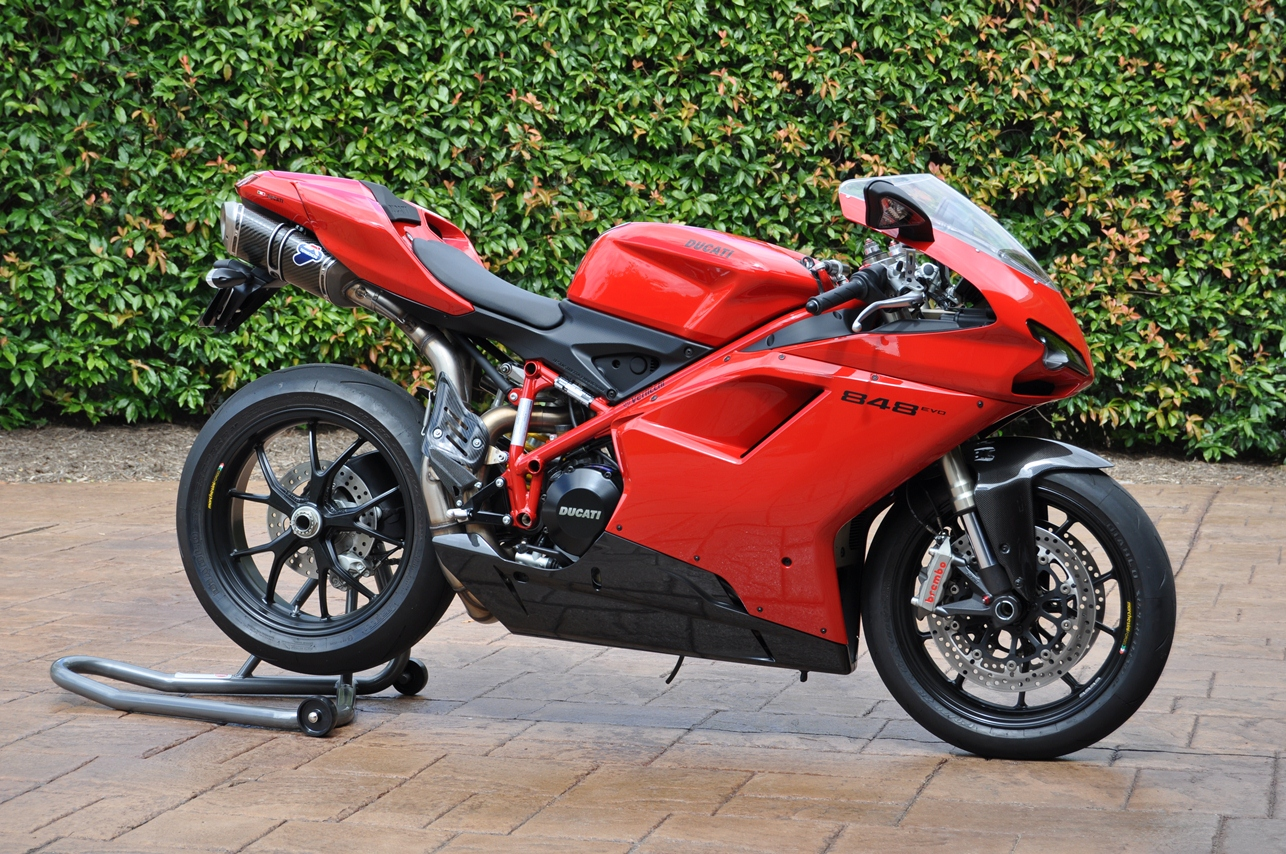 whats the best color for the 848 you think? - ducati forum