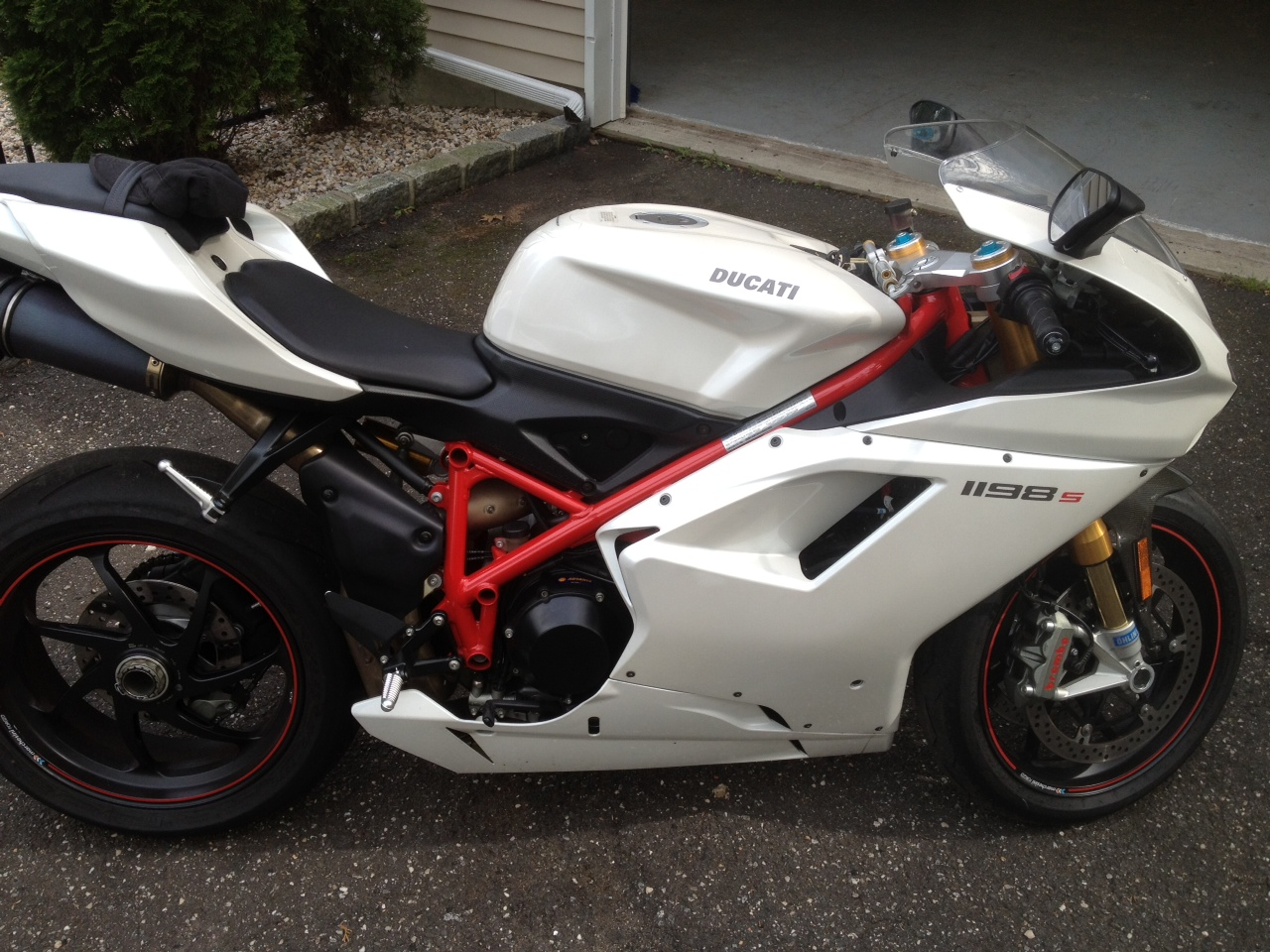 for sale: 2010 1198s white - ducati forum | the home for