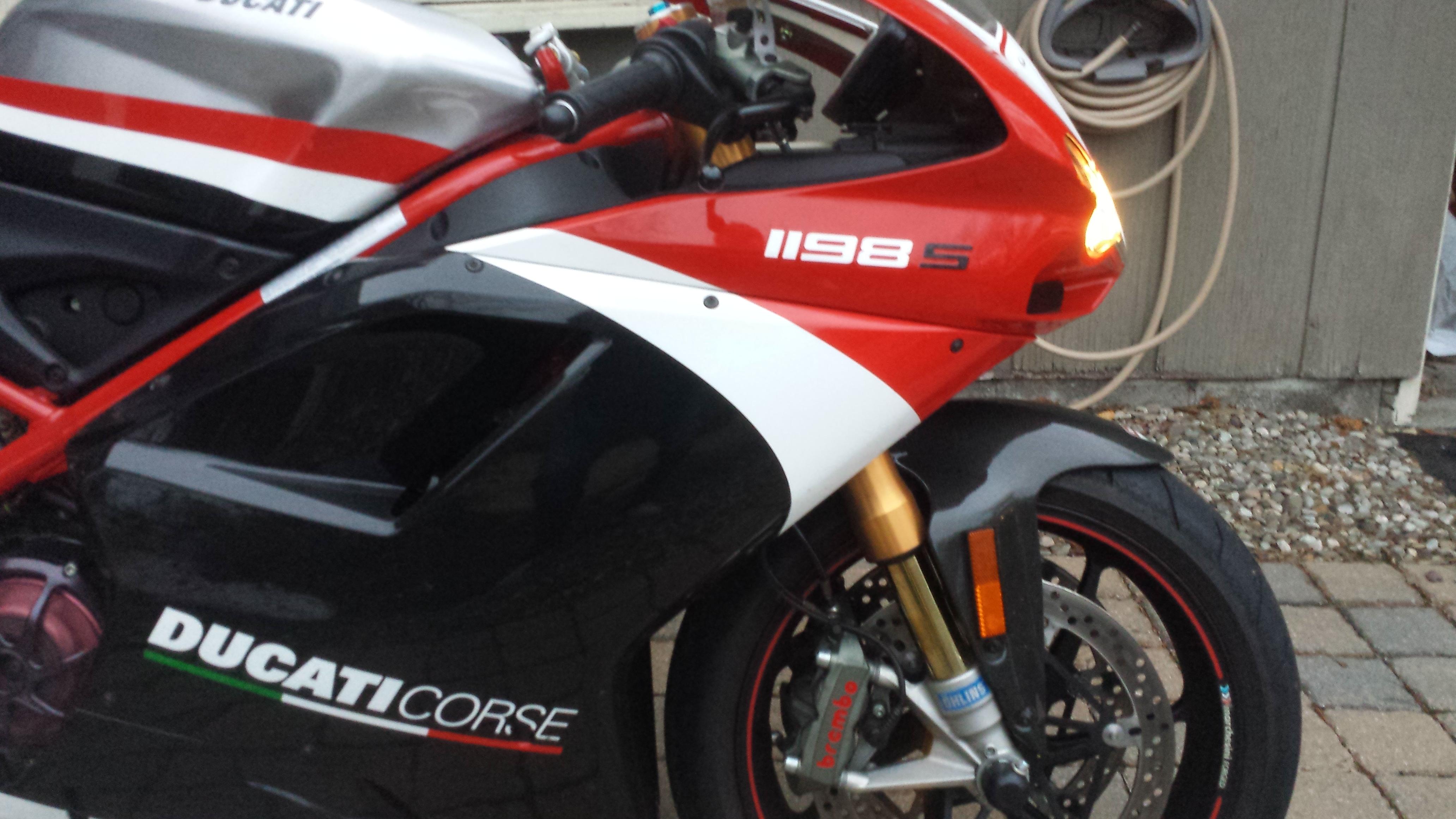 ducati 1198r for sale idea di immagine del motociclo. Black Bedroom Furniture Sets. Home Design Ideas