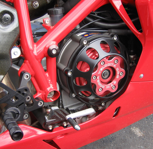 everybody with clutch cover or kit post your pic's here! - ducati