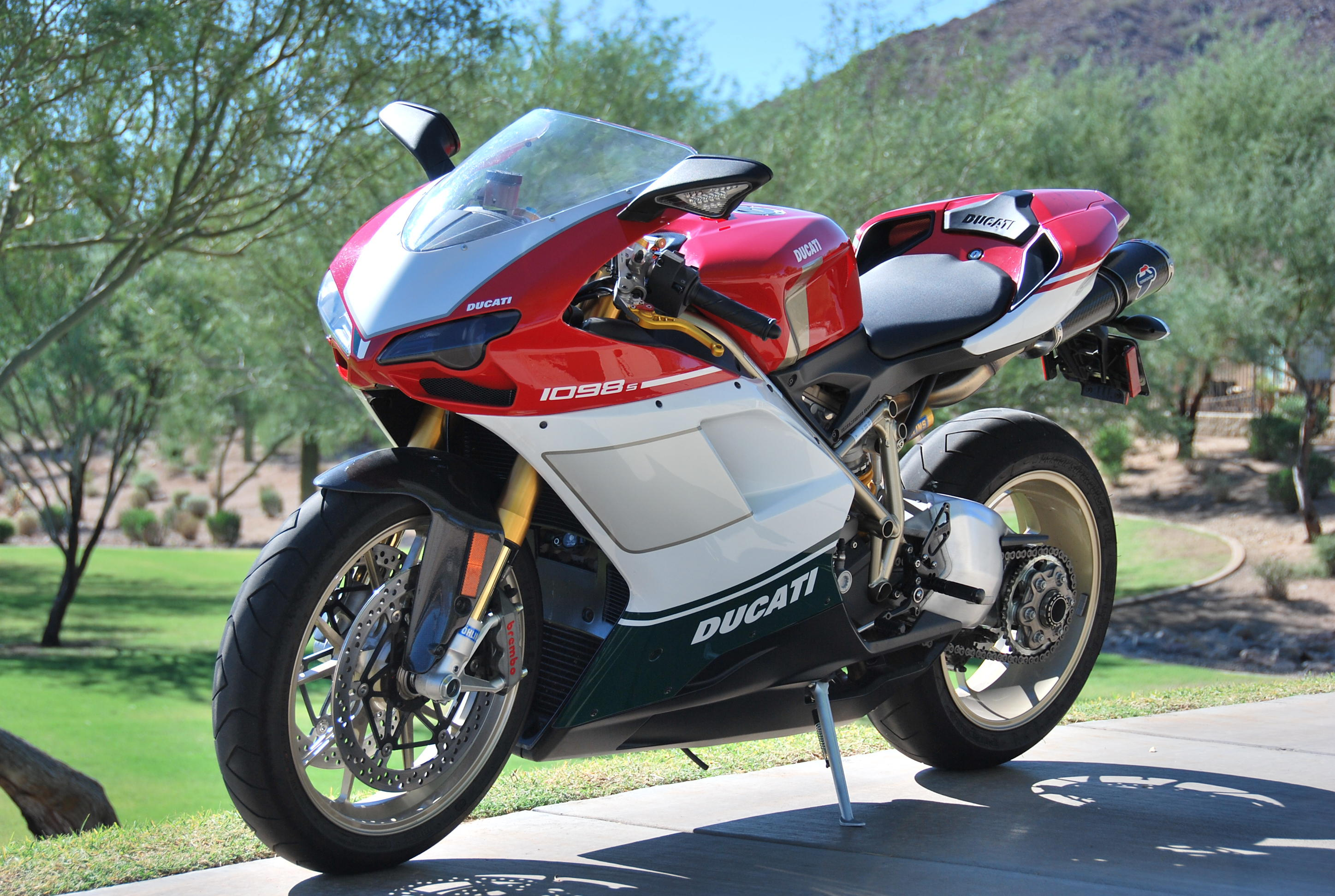 1098s TriColore vs 1198s Corse - Ducati.ms - The Ultimate Ducati Forum