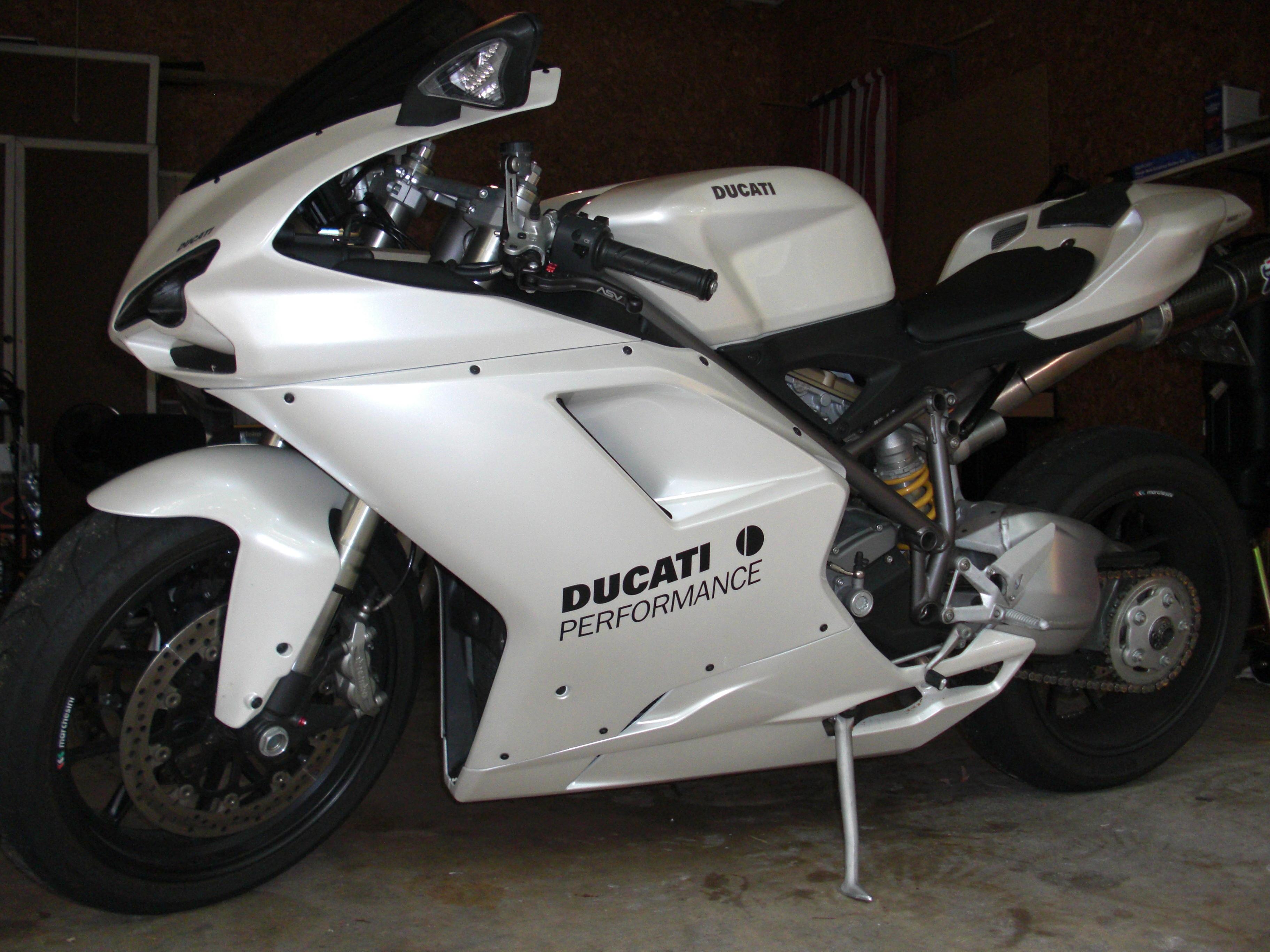 2008 Ducati 848 Pearl White Ducati Org Forum The Home