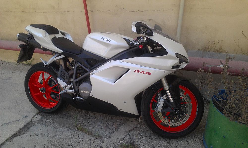 Hvlp Spray Gun Kit >> Anyone ever paint a 04-06 r1 white w/ red wheels? - Yamaha R1 Forum: YZF-R1 Forums