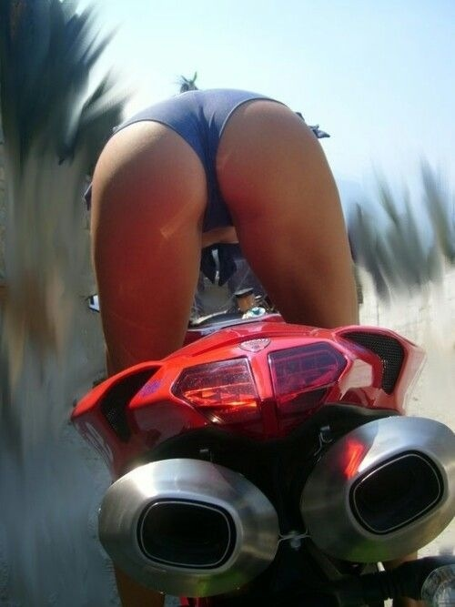 [IMG]http://www.ducati.org/forums/attachments/media/72045d1377313359-sexy-bike-pics-image.jpg[/IMG]