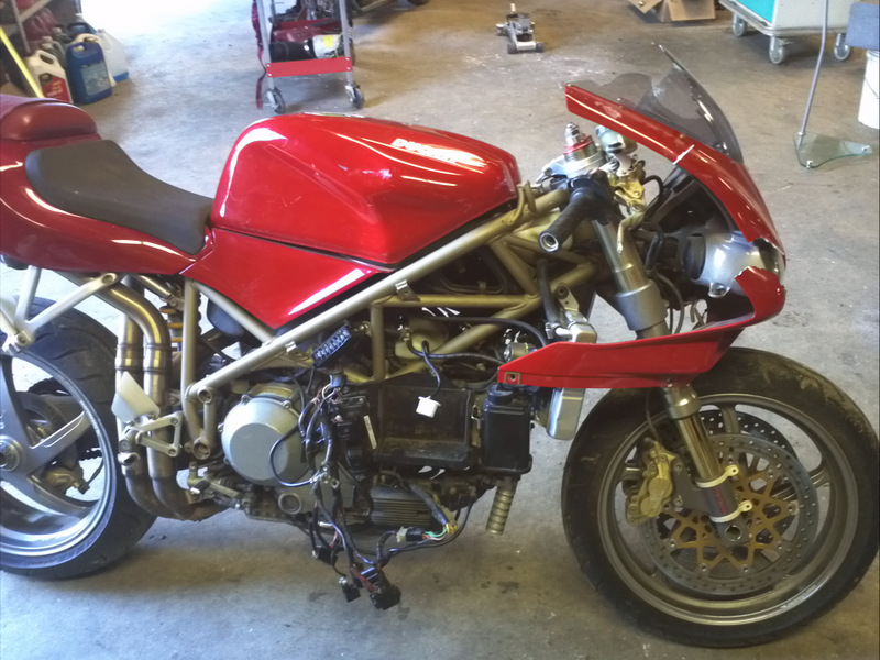 996 8 basketcase ducati org forum the home for ducati owners and rh ducati org Ducati 995 Ducati 748
