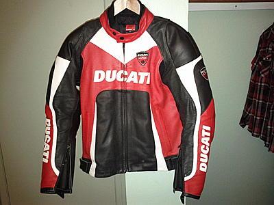 FS: 2008 Dainese Ducati Corse Leather Jacket - Near Mint - ducati.org