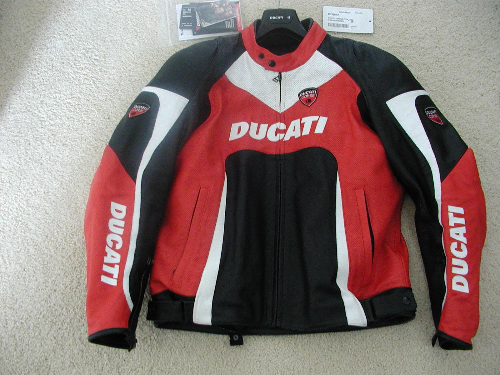 fs dainese ducati corse leather jacket size 46us - ducati
